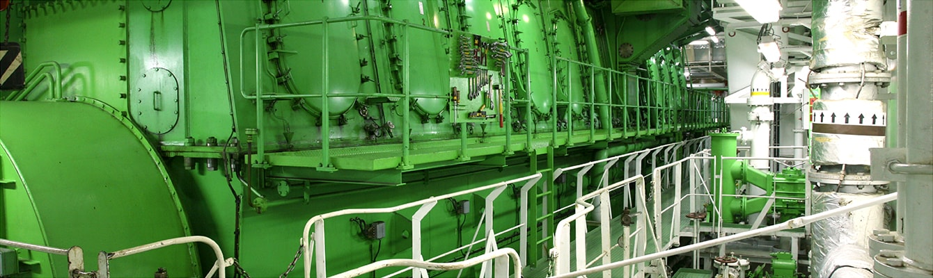 man-green-deep-sea-engine-screen-xl