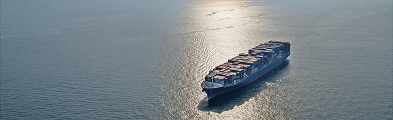 cma_cgm_titus_container_ship_sunset_fs_md_e